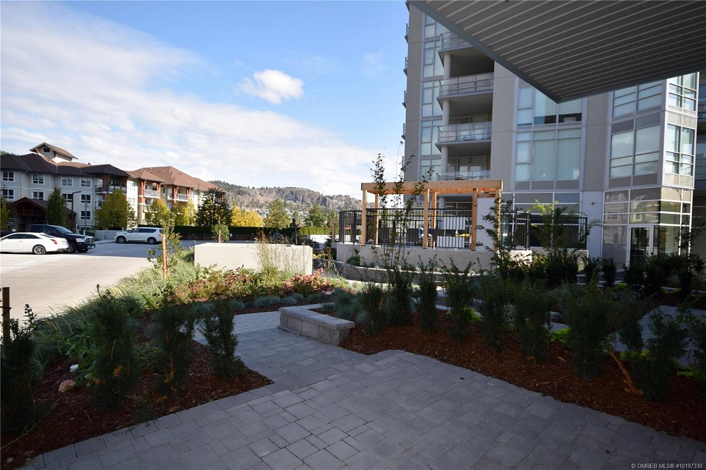 #101 1151 Sunset Drive Kelowna Photo 35